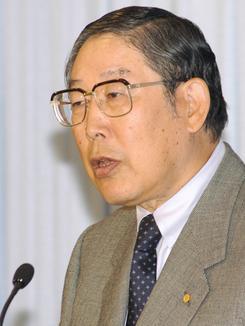 18日、最後の会見を行った日本経団連の奥田会長。(撮影:徳永裕介)