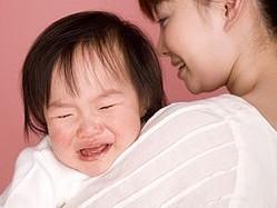 親の立場で考えてみよう! 公共の場で子どもがギャン泣きしたら、どう対応するのが正解?