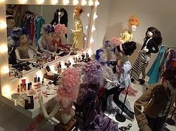 バーニーズに50体のファッションドール出現 オーダーイベント開催