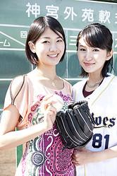 元近鉄の内野手・新井宏昌の娘さん。寿枝(姉・右)と貴子(妹・左)の新井姉妹