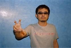 忌野清志郎生誕60年 ユニクロ×7組のアーティストがTシャツでメッセージ