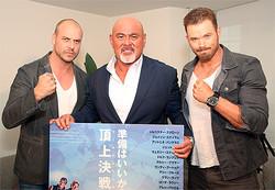 (左から)パトリック・ヒューズ監督、武藤敬司、ケラン・ラッツ(C)EX3 Productions, Inc. All Rights Reserved.