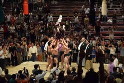 その名も「神送りの儀式」!なんと行司さんを投げちゃう、大相撲中継では見られない特別な儀式