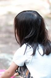 子どもの心に傷を負わせる危険な言動
