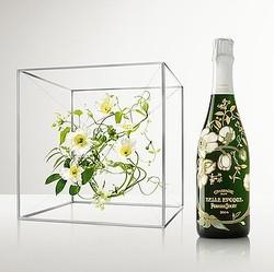 東信が″シャンパンの芸術品″をデザイン「ペリエ ジュエ」世紀のコラボボトル発表