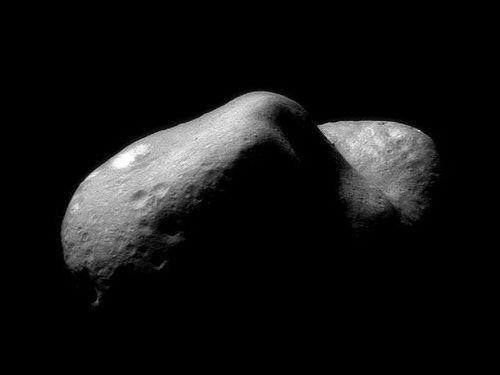 巨大な小惑星エロスが35年ぶりに地球に大接近…将来は衝突する可能性も