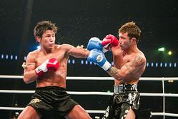 04年大晦日に行なわれた魔裟斗vsKID。ダウンを奪い合った伝説の名勝負が今年の大晦日に再び…