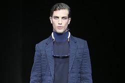EMPORIO ARMANI、2013~14秋冬の最新コレクション