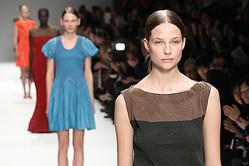 ISSEY MIYAKE、2012-13秋冬の最新コレクション