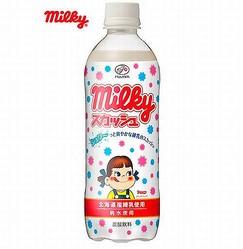「ミルキー」の爽やか炭酸飲料、練乳使用でミルク感とほどよい甘さ。