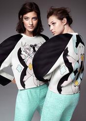 H&M デザインアワード優勝者のコレクションをオープニングセレモニーで販売