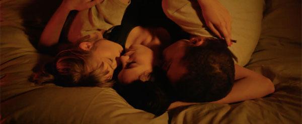 官能的すぎる絡みシーンから目が離せない 衝撃のR-18指定映画『LOVE【3D】』本編映像 -