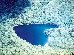 """ハート形の湖も!自然が生んだ奇跡の""""珍百景"""""""