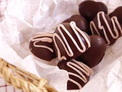 【何これ便利】製氷皿で「本格ボンボンショコラ」が大量生産できた!