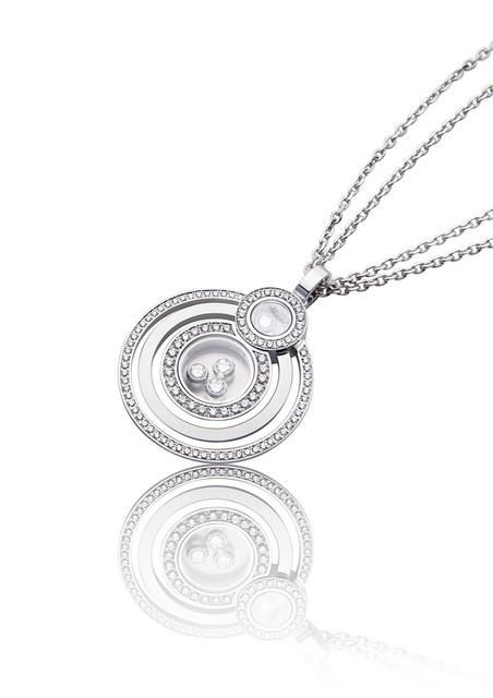 【バーゼル2012新作情報】ショパールが 『ハッピー ダイアモンド』シリーズの新作を発表!