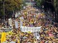 台湾で反原発デモ 10万人規模か