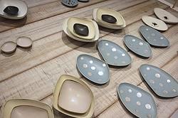 「ミナカフェ」併設 皆川明×陶芸家安藤雅信の器展