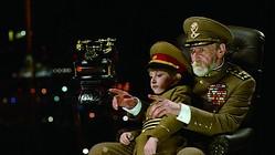 『独裁者と小さな孫』より