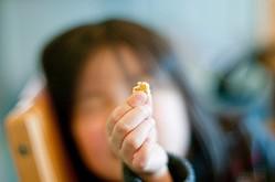 もう一度食べたい!と思う懐かしいお菓子は?「ぬーぼー」「にんじん」「ジュエルアイス」