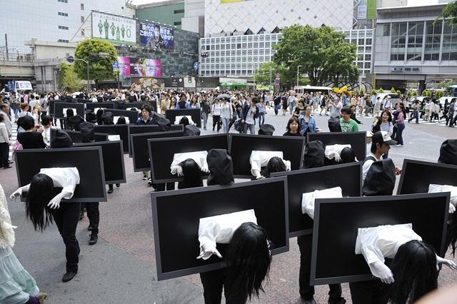 貞子が渋谷で大増殖