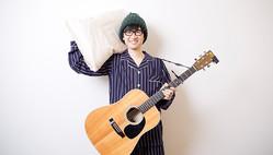 「ノーパンで寝る習慣は父親譲り」シンガーソングライター・コバソロ