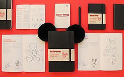 モレスキンから限定版ミッキーマウスのノートブック