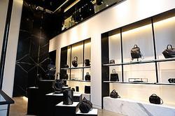 アレキサンダーワン国内初旗艦店が公開 来日した社長「青山はベストな場所」