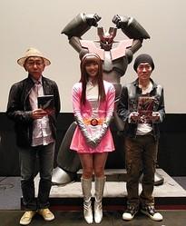 『マジンガーZ』生誕40周年イベントに弓さやかコスプレのAKB48田名部が登場