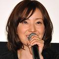 『パーマネント野ばら』初日舞台あいさつに登壇した菅野美穂