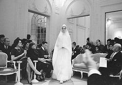 1950年代のDiorが写真集に マーク・ショウによる初公開フォト収録