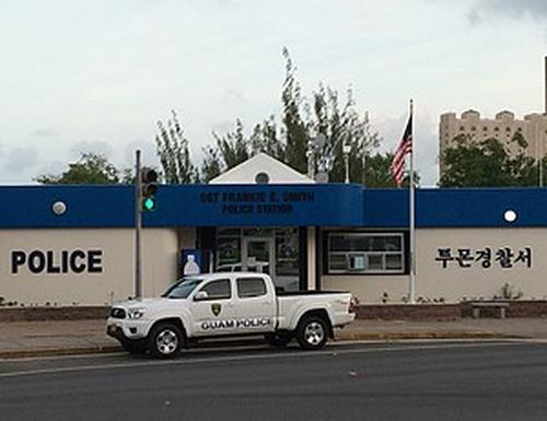 [画像] 日本が寄贈したグアムの交番に現地韓国人がハングルの看板を掲げる