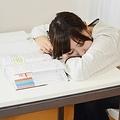 小中高生の半数以上、親より勉強ができないと思っている