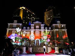 ジョエル・ロブションが「妖精の城」に ヴァン クリーフ&アーペルのプロジェクションマッピング