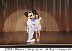 ミッキー対面に志田未来大感激、「トゥモローランド」プレミアを報告。