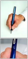 「AZURE BLUE/アズール・ブルー」の和名は「瑠璃色」