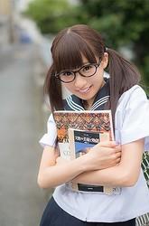 世界初となるツインテール写真展「日本ツインテール化計画」7/23まで開催中