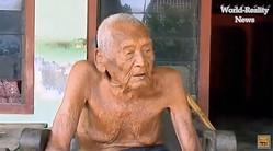 世界最高齢か?! インドネシアに145歳のおじいさん現る