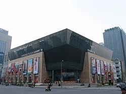 しまむら中国進出1号店、上海にオープン