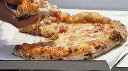 あなたの好きな宅配ピザチェーンはどこですか?1位「ドミノ・ピザ」2位「ピザーラ」