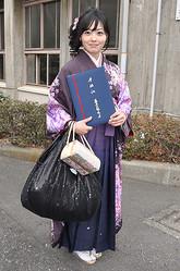 2010年、日本テレビに入社。『ヒルナンデス!』のMCを担当。職人技ともいえるグルメリポートが持ち味。主な担当番組は『有吉ゼミ』『幸せ!ボンビーガール』