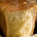 山崎 キャラメル味の食パン発売