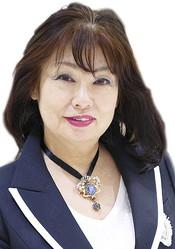 日本人女性デザイナー初 今井千恵がフィンランド獅子勲章コマンダー章を受章