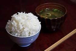 お米は悪くない!ご飯大盛りでも太らない方法「ごはんは腹持ちがいい」