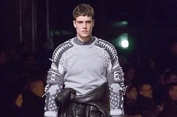 GIVENCHY、2013~14秋冬の最新コレクション