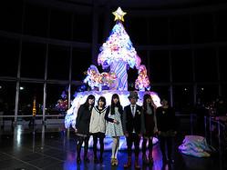 メリーゴーラウンドが回るKawaiiクリスマスツリー 東京シティビューに登場