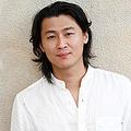 DV容疑で逮捕された作家の冲方丁氏 「留置所日記」を連載予定