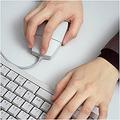 マウスを使用する際の手首の痛みを解消したい!