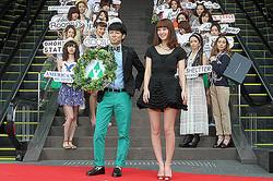 「東急プラザ 表参道原宿」オープン 27店舗によるファッションショー開催