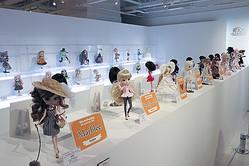 10周年のファッションドール「プーリップ」展 渋谷に約200体集結