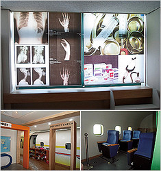高敞南小学校の「イングリッシュセンター」と呼ばれる施設。病院や空港のセキュリティーチェック、航空機のキャビンなどを模した空間がある。